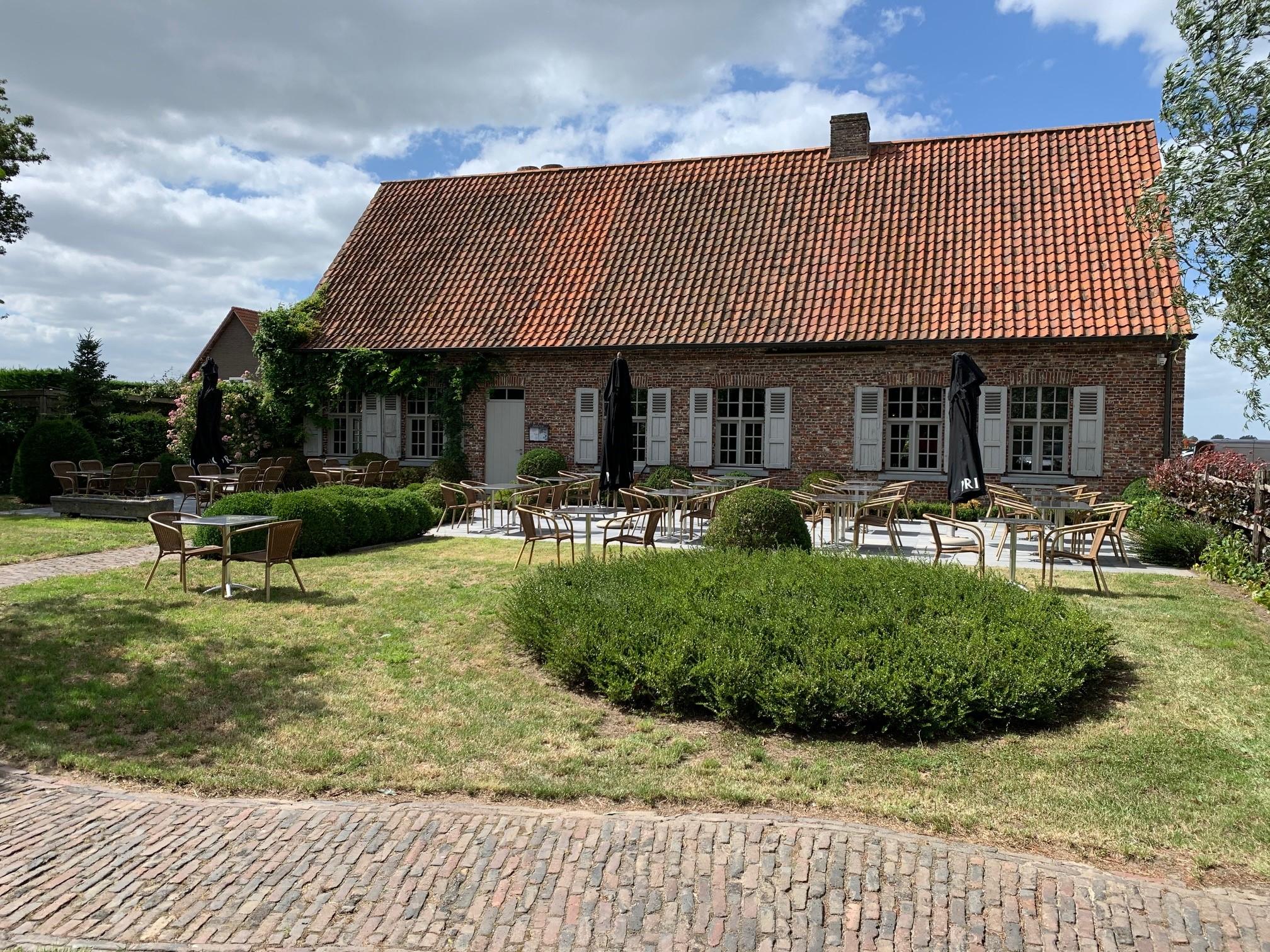 pop up terras feestzaal Sint-Maurus-Hoeve